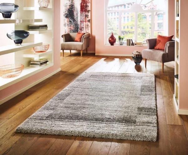 Teppich SUPER TOUCH quadrat.