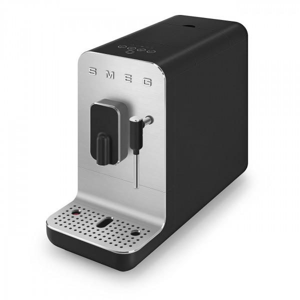 Kompakt-Kaffeevollautomat SMEG